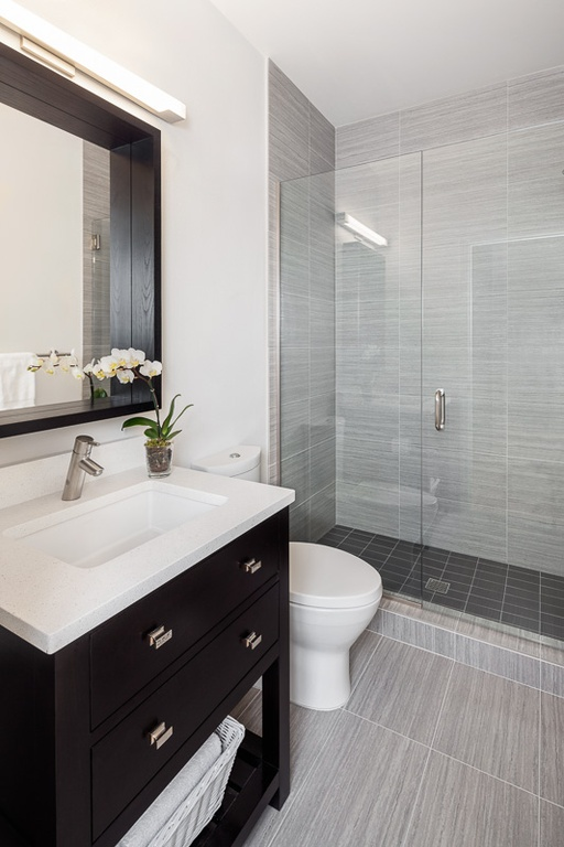 contemporary-3-4-bathroom-with-wood-ceiling-tile-shower-and-glass-wall