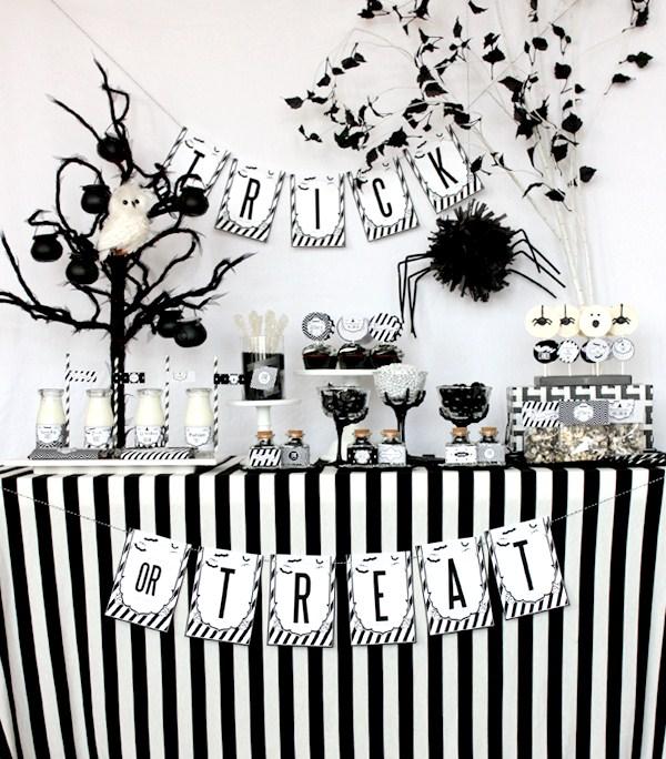 Black And White Halloween Decor 1