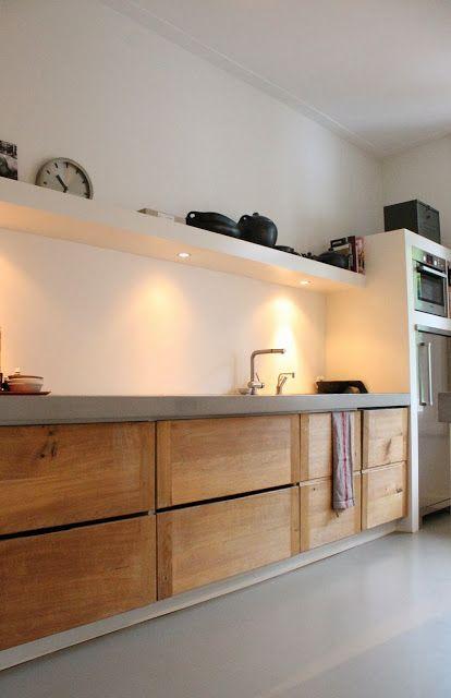 Elegant Wooden Kitchen 2