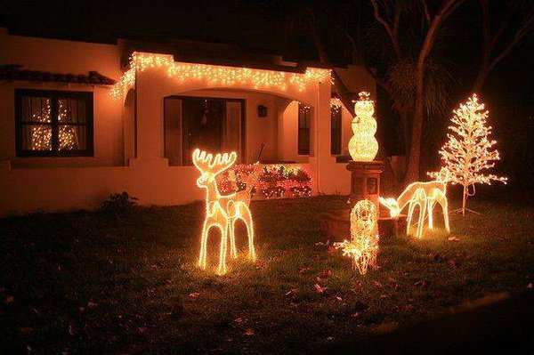 Outdoor-Christmas-Lights-Decorating-Ideas-Shape-With-Deer