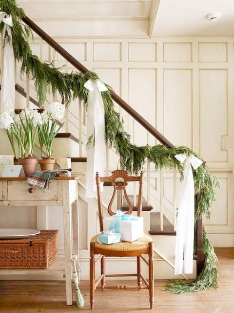 christmas-stairs-decoration-ideas 16