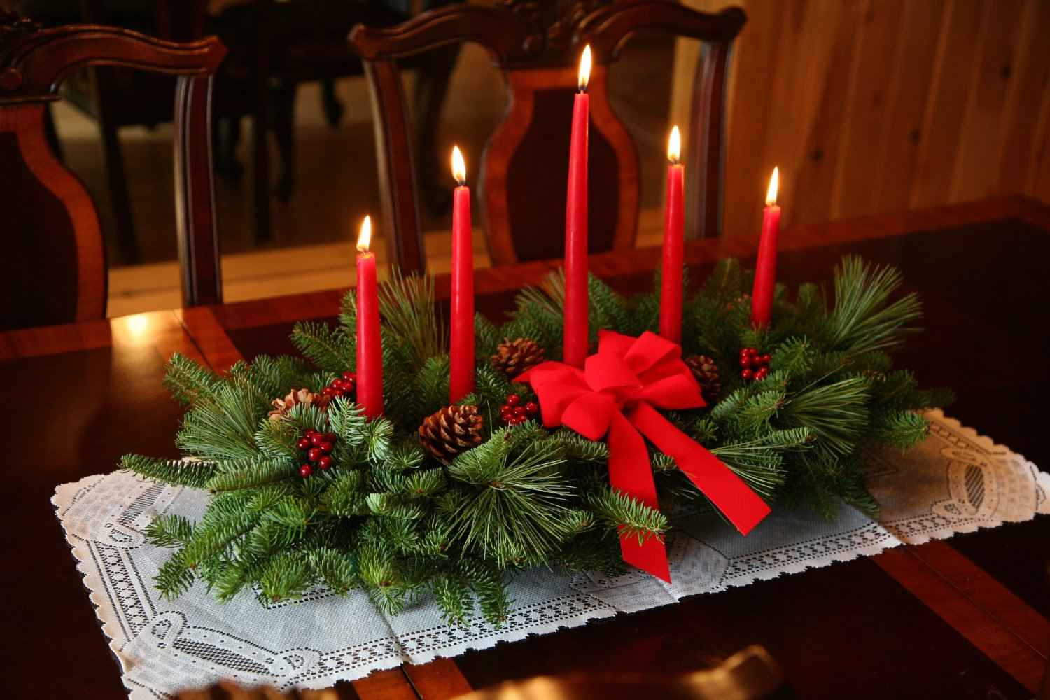 Beautiful Christmas Centerpieces 24