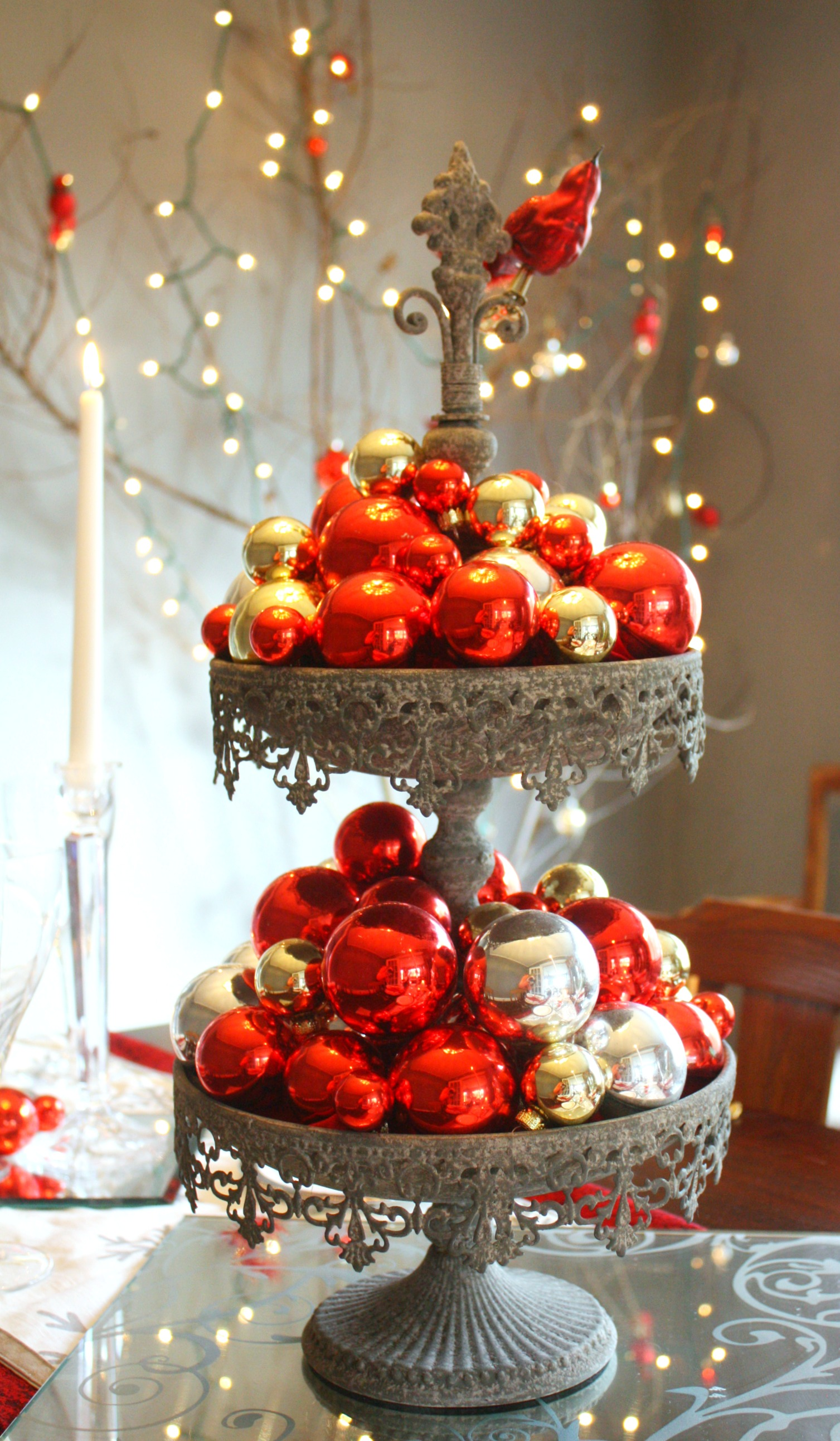 Beautiful Christmas Centerpieces 29