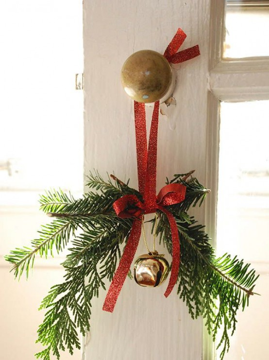 Red And Green Christmas Decoration Ideas 26