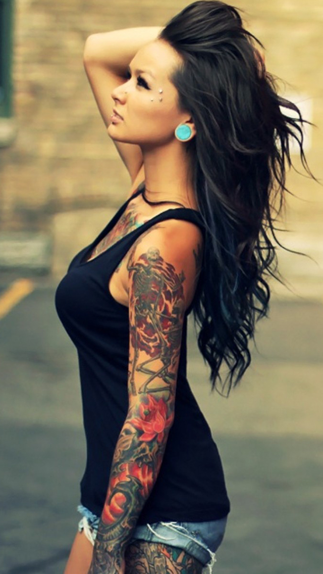 Girls-Sleeve-Tattoo-1