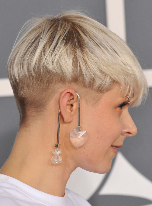 nape-undercut-hairstyle-women