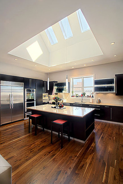 Kitchen with Vaulted Ceiling Ideas