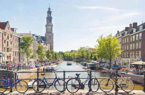 6 Reasons Why You Absolutely Must Visit Amsterdam
